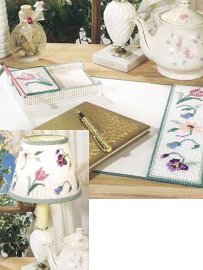 Spring Flowers Desk Set photo