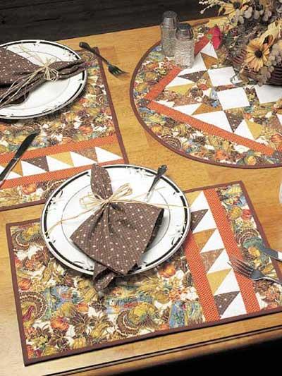Thanksgiving Table Topper Set photo