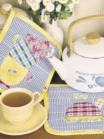 Teatime Pot Holders photo