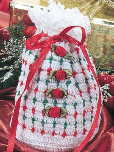 Polka-Dot Gift Bag photo