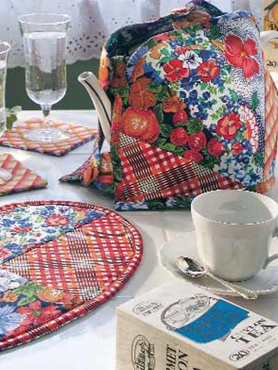 Reversible Tea Cozy Set photo