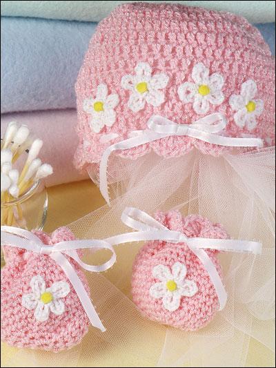 Baby's Hat & Mitten Set photo