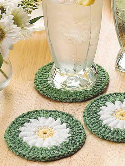 Dream Daisy Crocheted Coaster photo