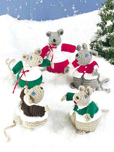 Mice Stroll and Choir photo